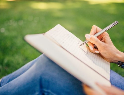 10 powerful benefits of journaling for 10 minutes a day